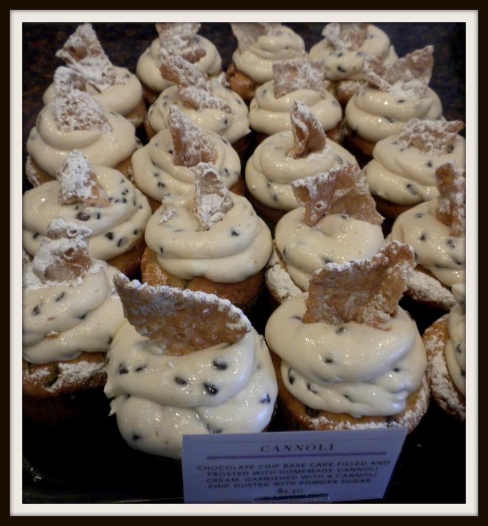 canoli cupcake