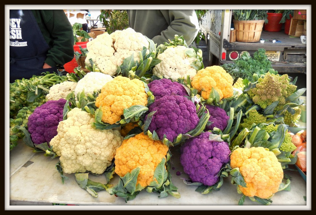 100514 farm mkt cauliflower2