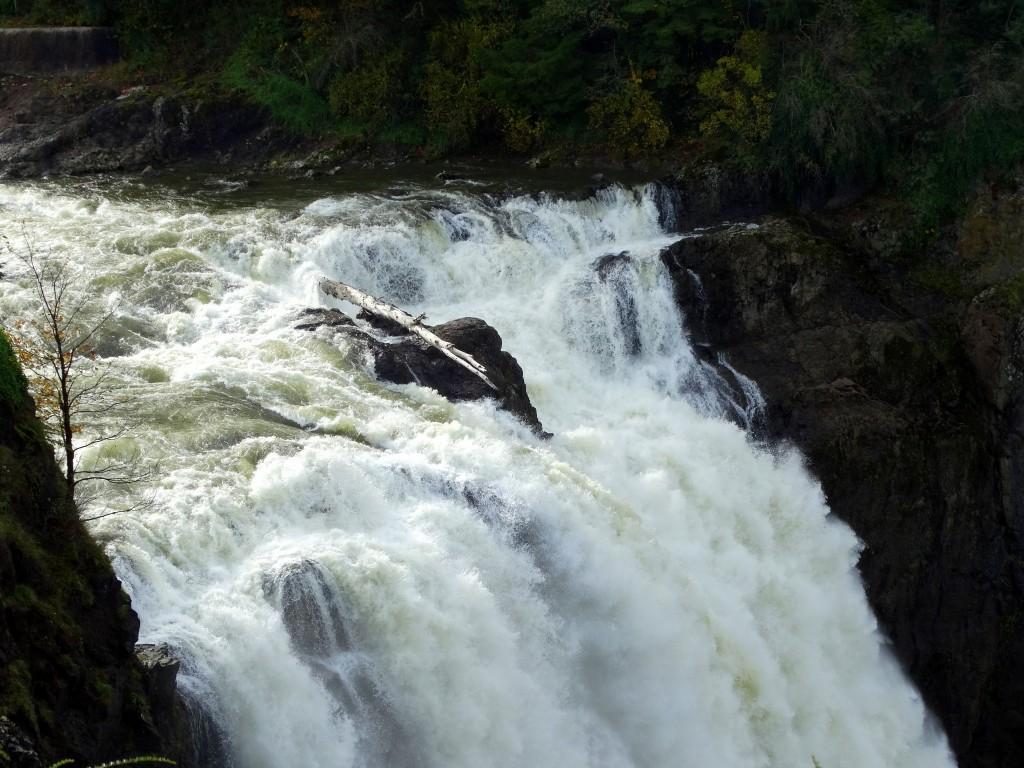 102414 falls